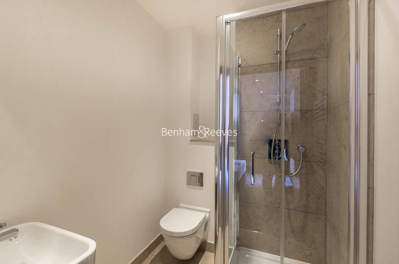 2 bedroom(s) apartment to sale in Beaufort Court, Maygrove Road, West Hampstead, London-image 13