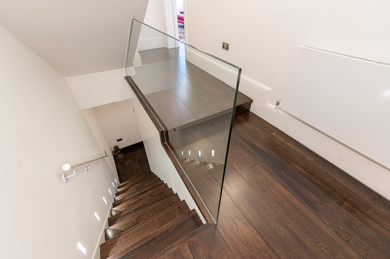 2 bedroom(s) apartment to sale in Park Street, Mayfair, London-image 16