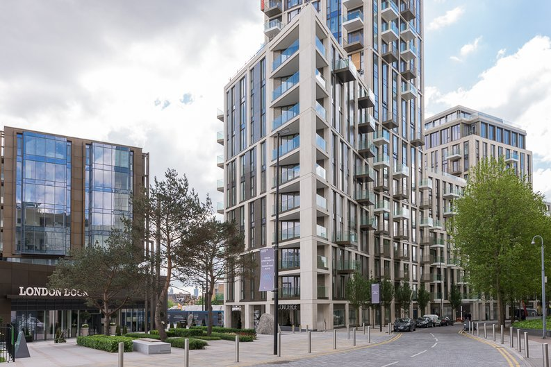 1 bedroom(s) apartment to sale in Ariel House, Vaughan Way, Wapping, London-image 2