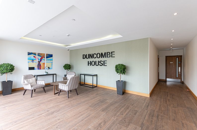 2 bedroom(s) apartment to sale in Victory Parade, Woolwich, London-image 17