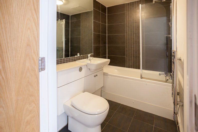 Studio apartment to sale in Ascent House, 12 Boulevard Drive, Beaufort Park , London-image 6