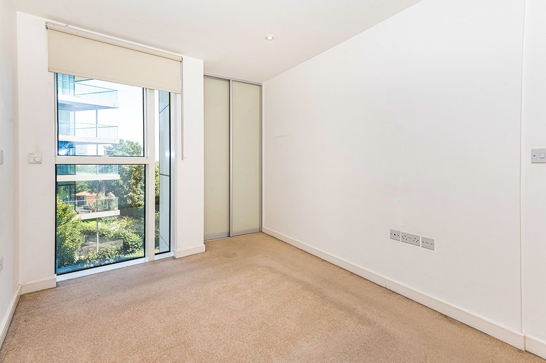 1 bedroom(s) apartment to sale in Goodchild Road, Woodbury Down, London-image 6