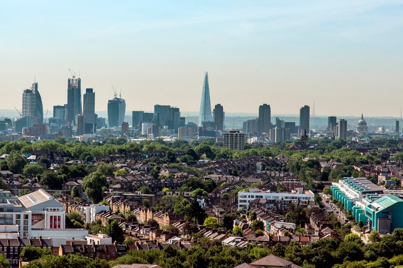 2 bedroom(s) to sale in 3 City North, Finsbury Park-image 1