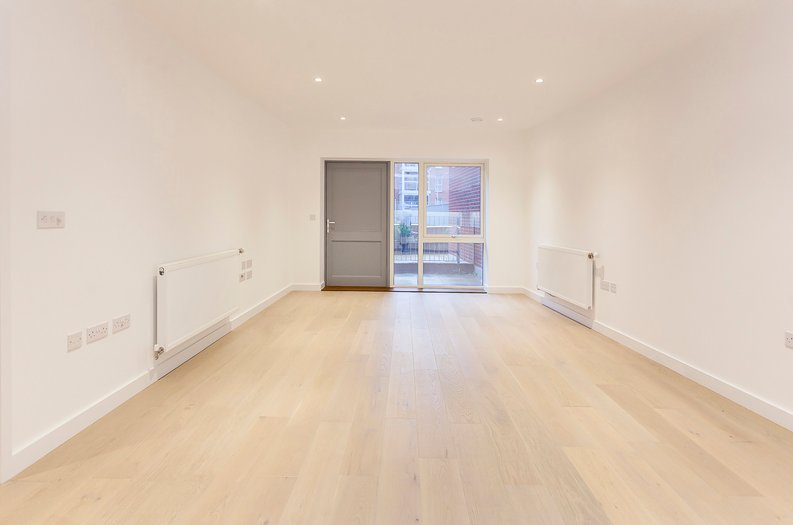 2 bedroom(s) apartment to sale in Collins Building, Wilkinson Close, Cricklewood-image 2