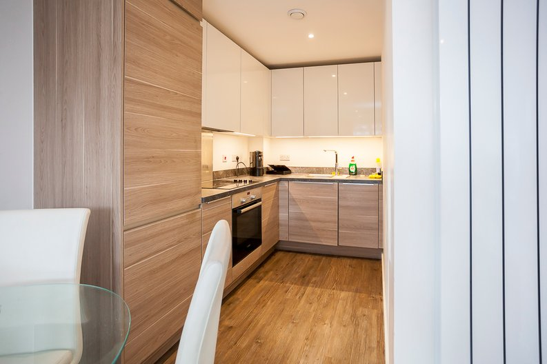 1 bedroom(s) apartment to sale in Baroque Gardens, Mary Rose Square, Surrey Quays-image 3
