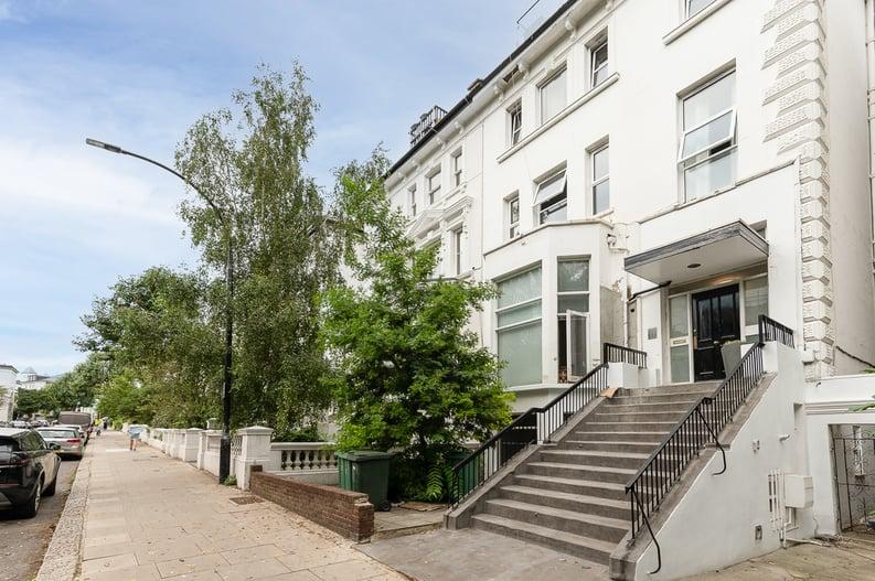 2 bedroom(s) apartment to sale in Belsize Park Gardens, Belsize Park, London-image 23