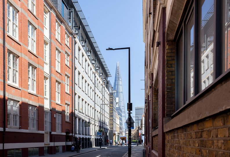 2 bedroom(s) apartment to sale in Cuthbert House, 94 Southwark Bridge Road, Brigade Court, London-image 9