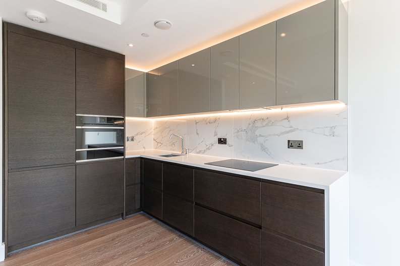 1 bedroom(s) apartment to sale in Sherrin House, Royal Warwick Square, Kensington-image 2