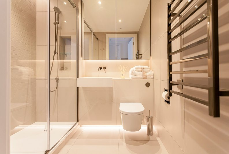 2 bedroom(s) apartment to sale in Fountain Park Way, London-image 13