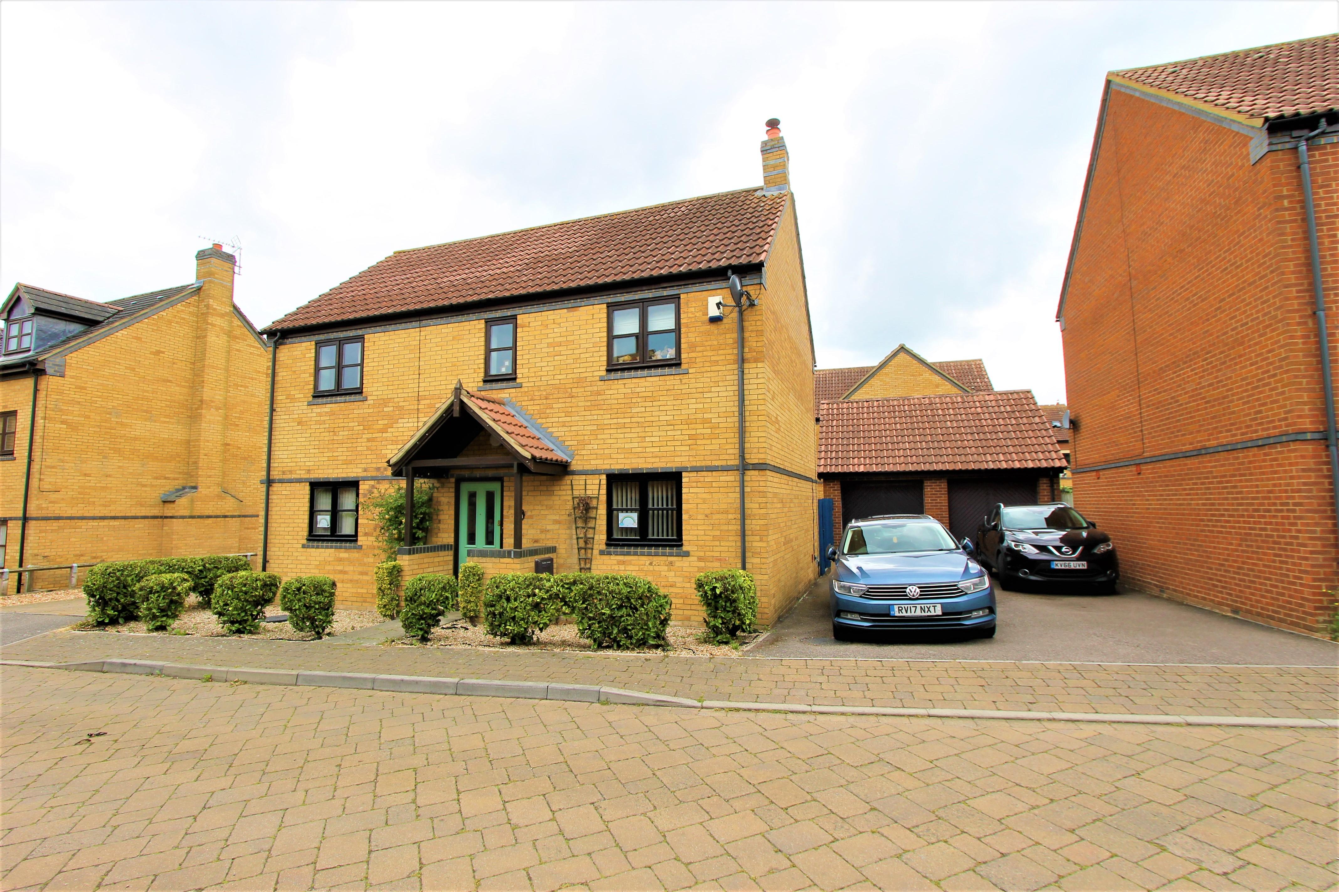 Gainsborough Close, Milton Keynes, Buckinghamshire Image