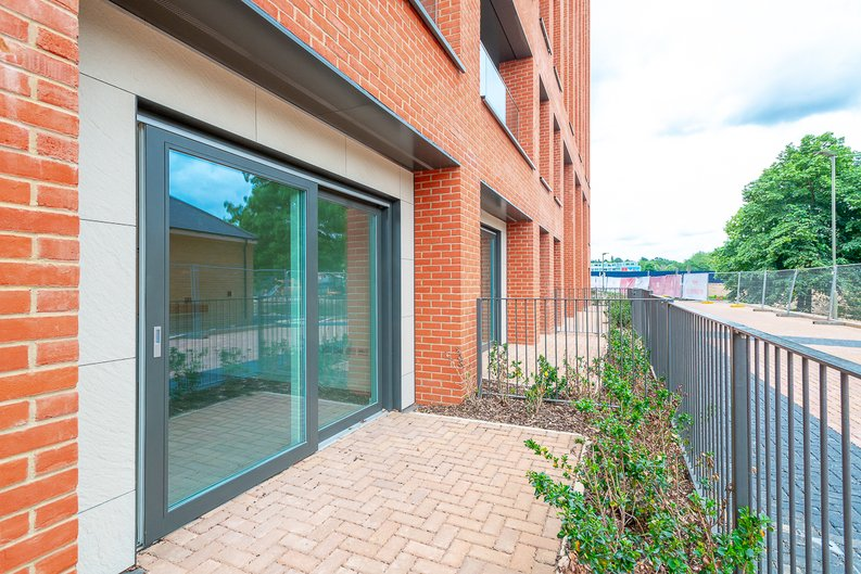 2 bedroom(s) apartment to sale in Thonrey Close, Colindale Gardens, Colindale-image 12