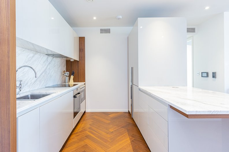 1 bedroom(s) apartment to sale in Ambassador Building, New Union Square, Nine Elms-image 4