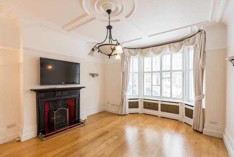 6 bedroom(s) house to sale in Glenloch Road, Belsize Park, London-image 9