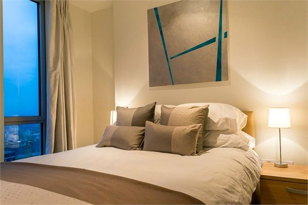 2 bedroom(s) apartment to sale in 1 Pan Peninsula Square, West Tower, Canary Wharf , London-image 5