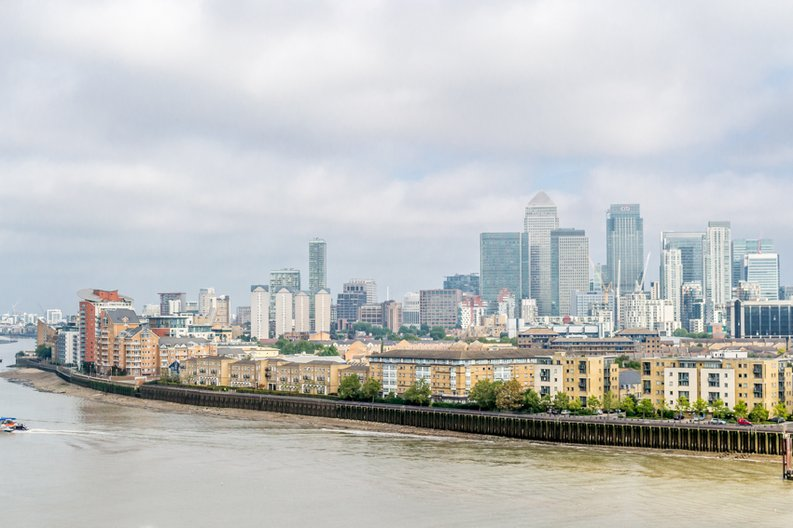1 bedroom(s) apartment to sale in Cornmill House, 4 Wharf Street, London-image 8
