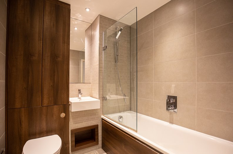 1 bedroom(s) apartment to sale in Riverside Apartments, , Goodchild Road, London-image 5