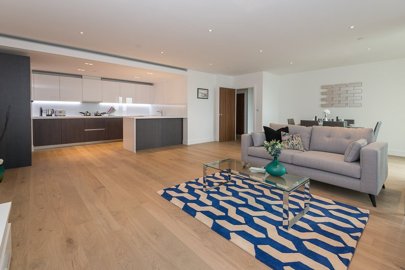 2 bedroom(s) apartment to sale in Longfield Avenue, Ealing, London-image 1