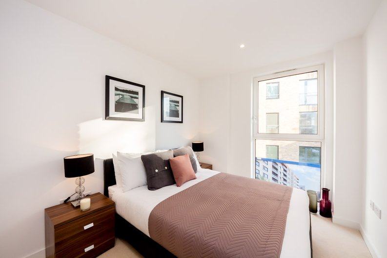 2 bedroom(s) apartment to sale in Cleveley Court, Ashton Reach, Marine Wharf , London-image 6