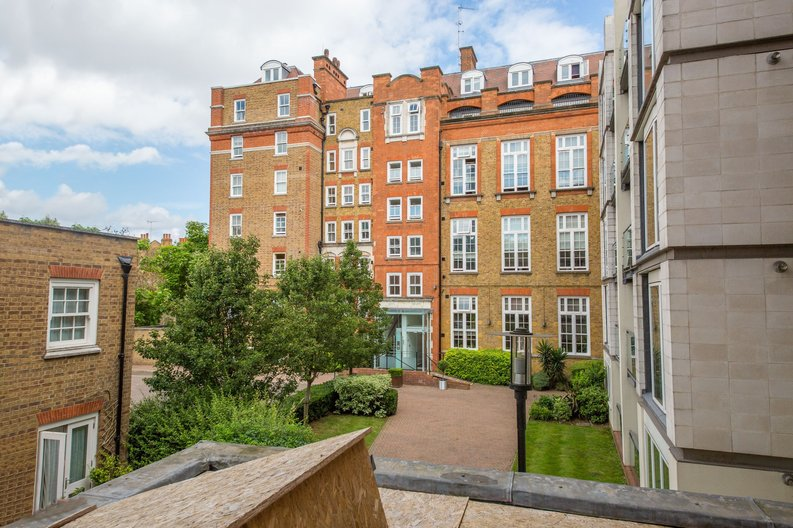1 bedroom(s) apartment to sale in Embassy Works, 12 Lawn Lane, Vauxhall , London-image 6