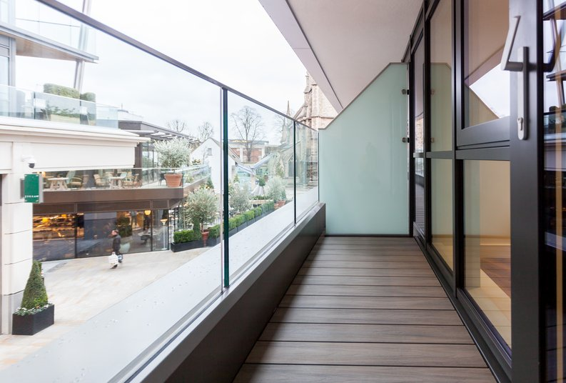 2 bedroom(s) apartment to sale in Quartz House, Dickens Yard-image 8
