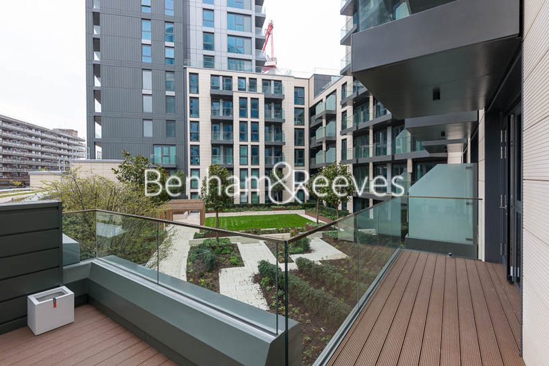 1 bedroom(s) apartment to sale in Marquis House, Sovereign Court, Hammersmith-image 2