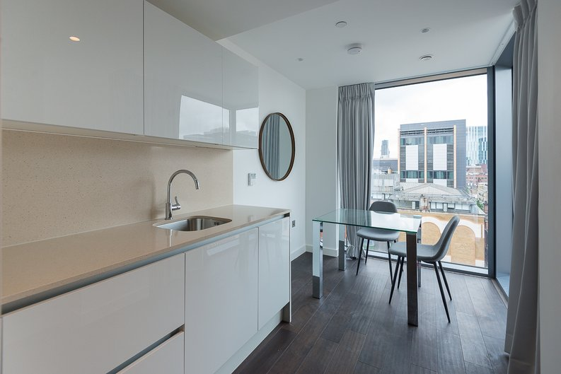 1 bedroom(s) apartment to sale in Sage, 85 Royal Mint Street, Royal Mint Gardens, Tower Hill-image 2
