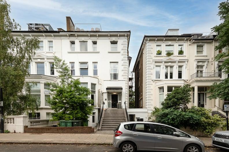 2 bedroom(s) apartment to sale in Belsize Park Gardens, Belsize Park, London-image 2