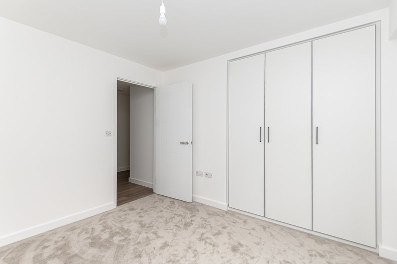 1 bedroom(s) apartment to sale in Fairbank House, Beaufort Square, Beaufort Park, Colindale-image 7