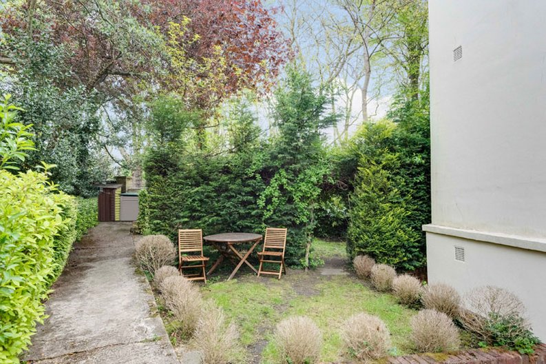 1 bedroom(s) apartment to sale in South End Road, Hampstead, London-image 11