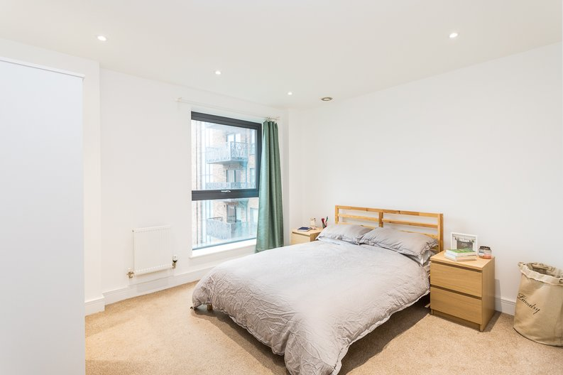 1 bedroom(s) apartment to sale in Cityview Point, Leven Road, Poplar-image 13