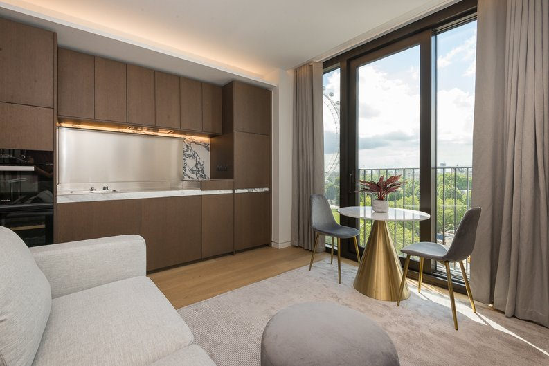 1 bedroom(s) apartment to sale in Casson Square, Southbank Place, Waterloo, London-image 1