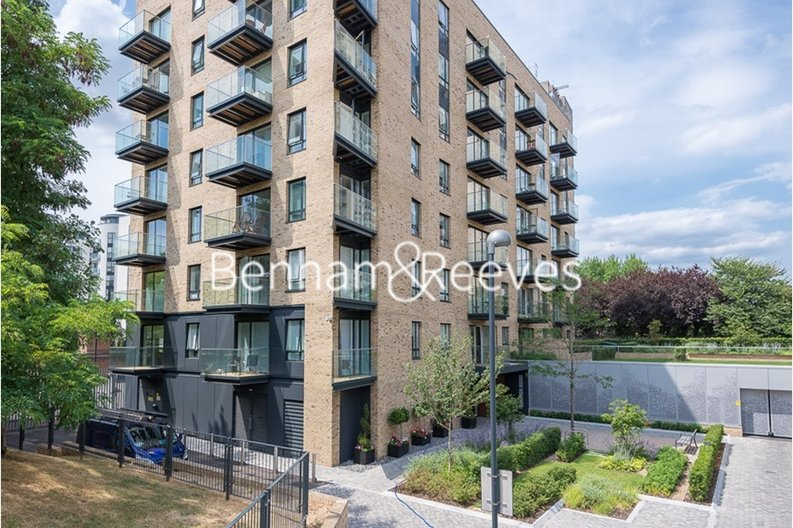 1 bedroom(s) apartment to sale in Heritage Place, Greater London, Brentford-image 7