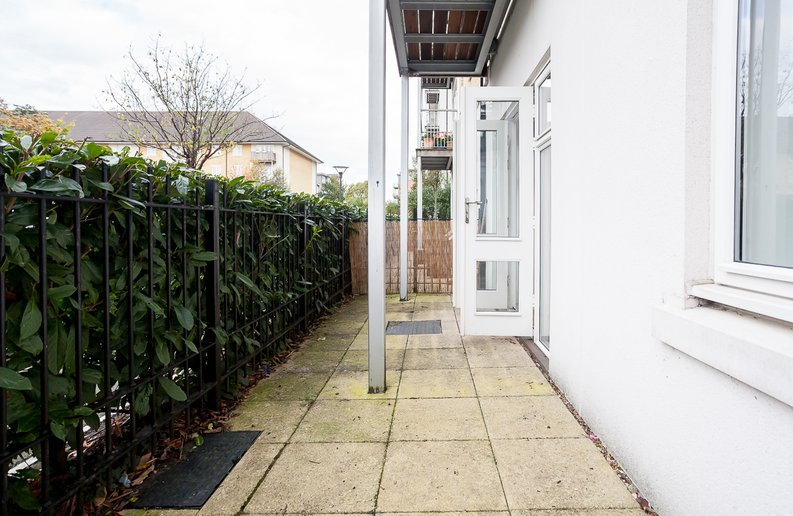 1 bedroom(s) apartment to sale in Denham House, 17 Park Lodge Avenue, West Drayton-image 6