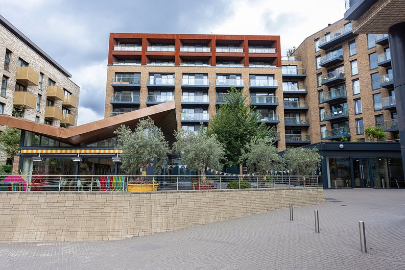 1 bedroom(s) apartment to sale in Seafarer Way, Surrey Quays, London-image 19