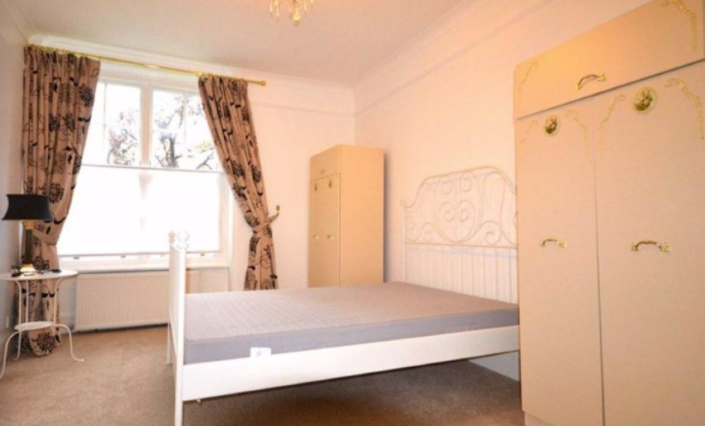 2 bedroom(s) apartment to sale in Grove End House, Grove End Road, St. John's Wood, London-image 8