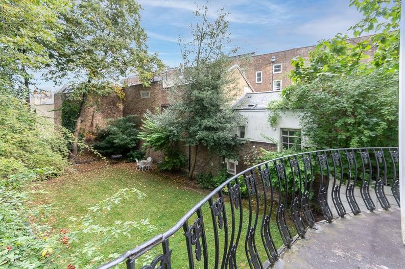 2 bedroom(s) apartment to sale in Belsize Park Gardens, Belsize Park, London-image 3