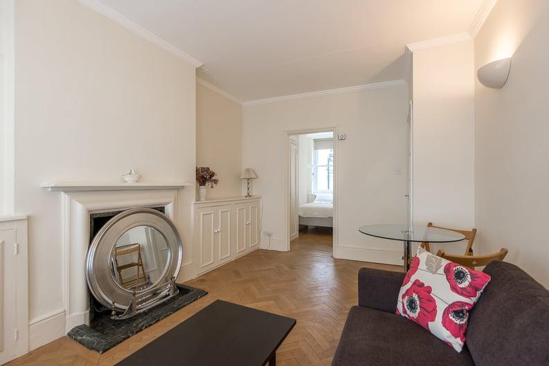 1 bedroom(s) apartment to sale in Garrick House, Carrington Street, Mayfair-image 1