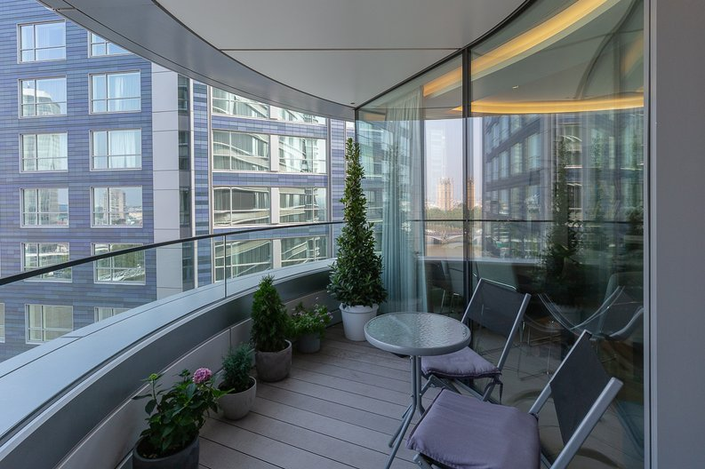 3 bedroom(s) apartment to sale in The Corniche, Albert Embankment, Vauxhall-image 10