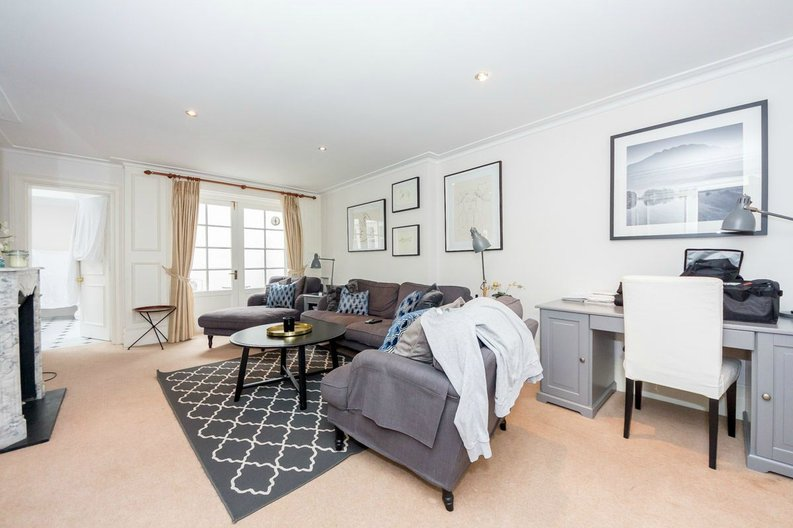 3 bedroom(s) house to sale in Trident Place, Old Church Street, Chelsea, London-image 4