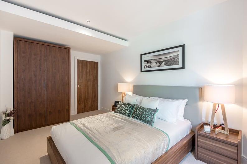 2 bedroom(s) apartment to sale in Rothschild House, Kew Bridge Road, Kew, Brentford-image 9
