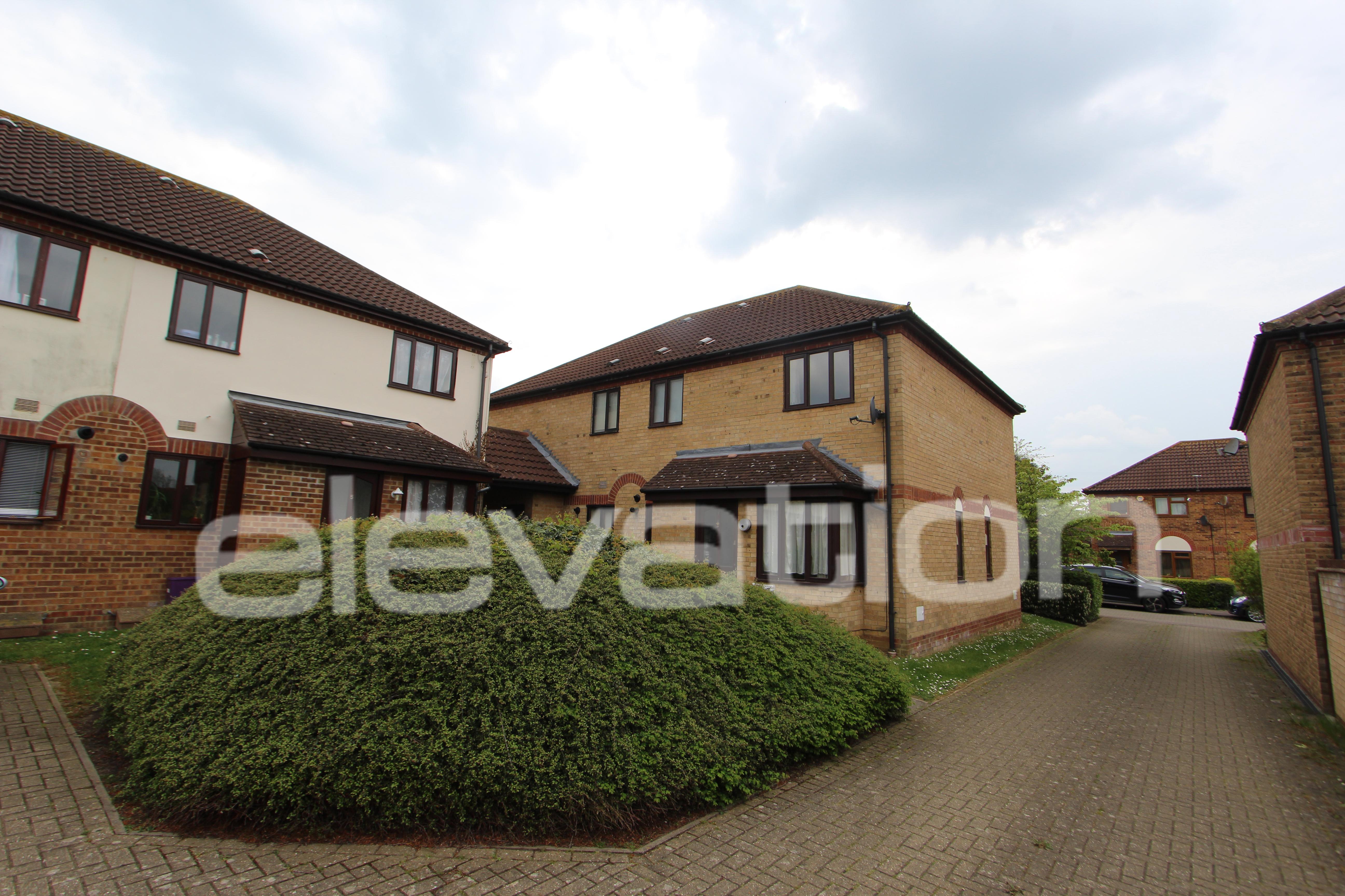 Groundsel Close, Milton Keynes, Buckinghamshire Image