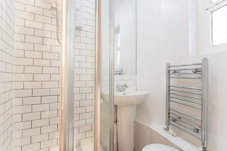 2 bedroom(s) apartment to sale in Mall Chambers, Kensington Mall, Notting Hill-image 5