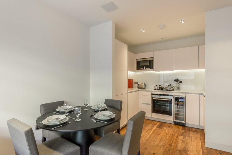 1 bedroom(s) apartment to sale in Roman House, Wood Street, Barbican-image 4