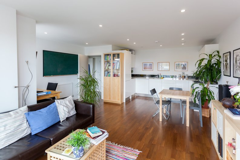 1 bedroom(s) apartment to sale in Cornmill House, Wharf Street, Deptford-image 1