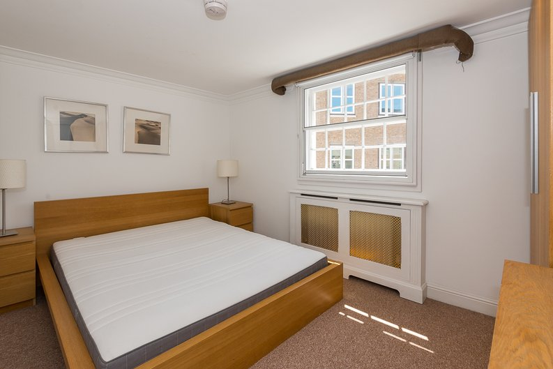 1 bedroom(s) apartment to sale in Avery Row, Mayfair-image 9