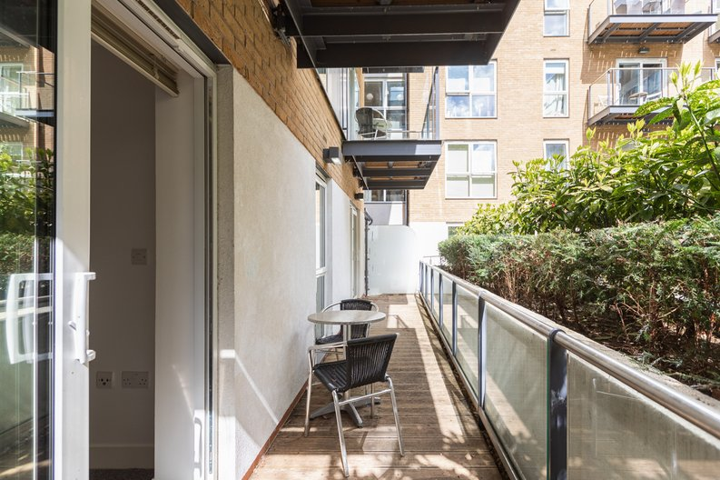 2 bedroom(s) apartment to sale in Napier House, Bromyard Avenue, London-image 11