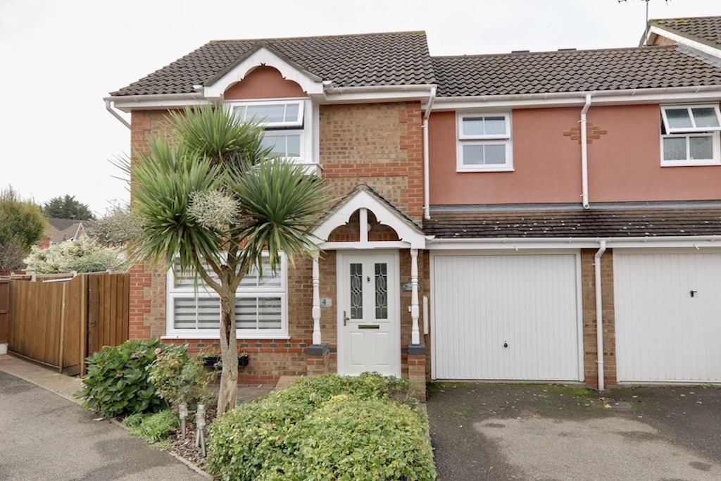 Lukintone Close, Loughton, Essex