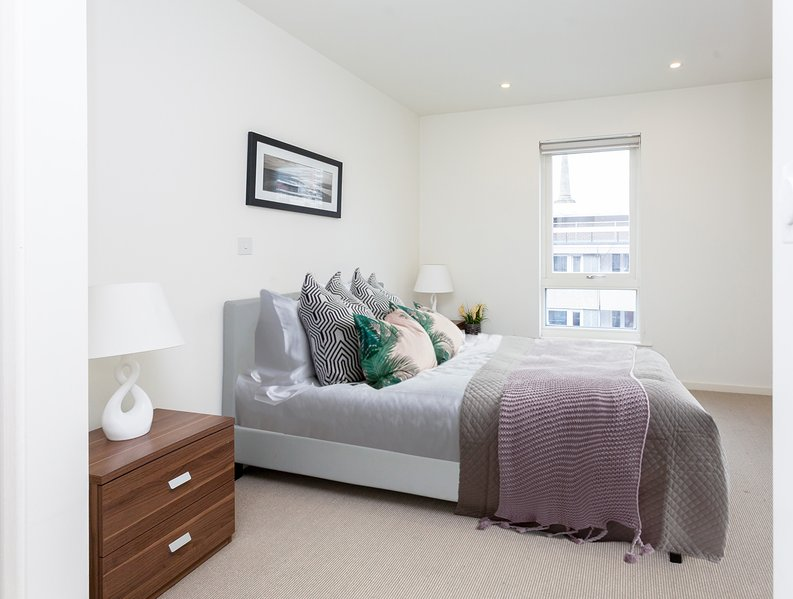 1 bedroom(s) apartment to sale in Worcester Point, Central Street, Clerkenwell, London-image 3