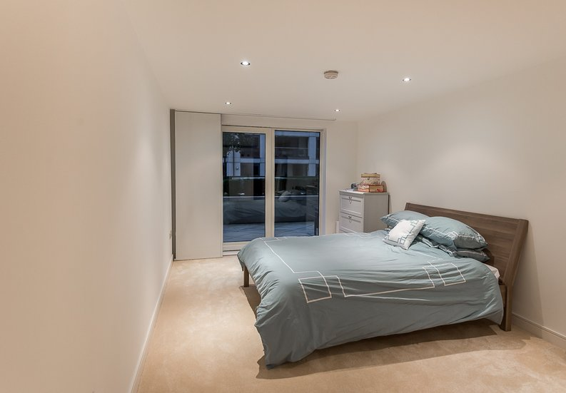 3 bedroom(s) apartment to sale in Dolphin House, Lensbury Avenue, Imperial Wharf, Fulham-image 3