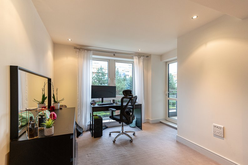 2 bedroom(s) apartment to sale in Doulton House, Park Street, Imperial Wharf, Fulham-image 16